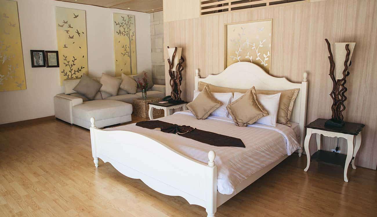 Four Bedroom Grand Royal Suite Pool Villa
