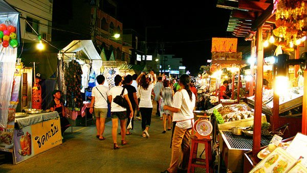 Hua Hin after dark