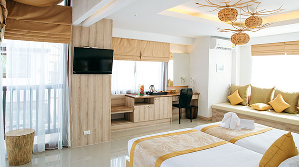 prachuapkhirikhan luxury pool resort